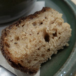 ローズベーカリー - スープに付いてきたパン