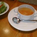 洋食麦星 - [料理] サラダ & スープ 全景♪w