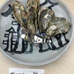 53603333 - 焼牡蠣(1200円)