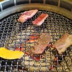 炭火焼肉 ばんり -