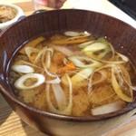 iro-hana かふぇ食堂 - 具沢山味噌汁