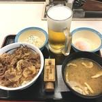 松屋 - 久々の松屋ランチ‼️ 松屋のちょい飲みはコスパ最高です。 これ全部で¥590…