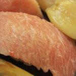 すし処 三國 - 料理写真:極上寿司のアップ