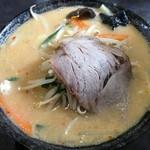 中華食堂 秋 - にんにく味噌野菜ラーメン