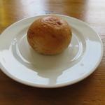 53652105 - パン:そば粉を使ったブリオッシュ