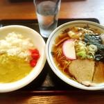 高砂食堂 - 料理写真:半カレー+中華そば 800円!