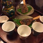加賀上杉 - 蕎麦の実入り焼き味噌と熱燗