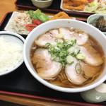 吉川屋 - チャーシュー麺定食 ¥880!!