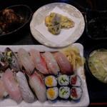 53660716 - ランチの近海地魚にぎりセット(松)
