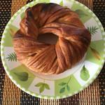 ブルーシュエット - 料理写真:クロワッサンベーグルは軽くトーストしていただきました^^