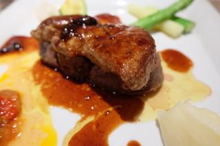 セラヴィーナガノ - 国産牛フィレ肉と鴨のフォアグラのソテー(+1320円)