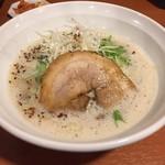 麺屋ガテン 天満橋店 - 鶏コクらーめん(760円)