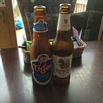 バーン・リムナーム - シンハー&タイガービール
