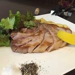 53692963 - 千葉県産コレナイ豚のTボーンステーキ2,000円