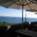 アルゴ - テラス席から望む海と空