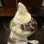 緑茶処両国茶ら良 - かき氷(抹茶あずき):700円