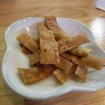 手打ちそば いるべ - 料理写真:蕎麦かりんとうです・・・塩味でビールのお摘みにしたら美味しそうでしたよ