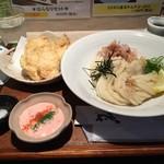ひだりうま - 朝挽き鶏天タルタルぶっかけ(900円)
