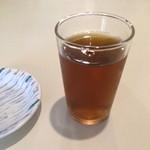 53719646 - 冷たい麦茶。                       うまし。