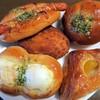 イーグル文京 - 料理写真:本日のパン