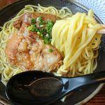 芭蕉庵 - 麺アップ