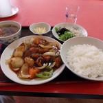 御立飯店 - 料理写真:酢豚定食