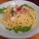 Abete - 美瑛野菜と生ハムのペペロンチーノ