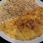 コリア タッカンマリ - チーズチヂミ。美味いけどすぐ無くなる。980円
