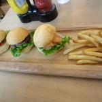 OMG!Cafe - スライダーバーガープレート