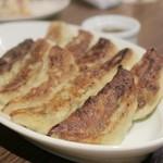 クラフトマンズ キッチン - お肉屋さんの手作り餃子