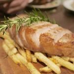 クラフトマンズ キッチン - エイジングポークのロースステーキ