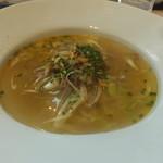 53738003 - 広東風スープそば