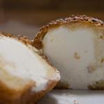 シュークリー - クリームパン断面
