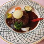 53741322 - お肉料理!