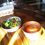ラスタランテ KAYA - セットに付くスープとサラダ