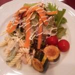 53751152 - 野菜たっぷりオードブルサラダ