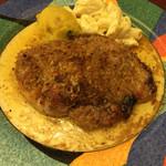カシーヌ - ポークのマスタード焼き焦がしバターソース