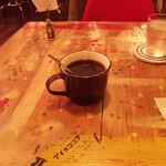 ブプッピドゥー - テーブルに落書きいっぱい