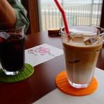 お宿 浜田館 - 朝食後の飲み物