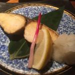 楽喰 - さわらの塩焼き650円