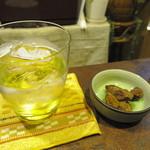 えーる食堂 - 「栄町市場スッパイマンラムサワー祭り」でのラム:ロック