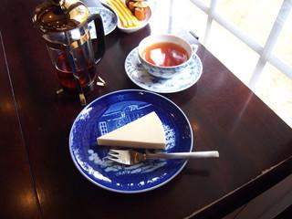 cafe安曇野文庫 - レアチーズケーキとアッサリティー