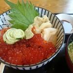 レストラン彩湖 - 料理写真:イクラ丼(1800円)