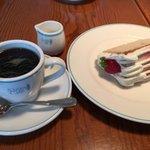 Santo Santo CAFE DINING -