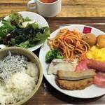 53773259 - 朝食バイキング(1200円)