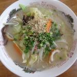 53775586 - 野菜ラーメン550円