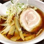 突撃ラーメン - 醤油@680