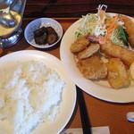 レストランポム - 海老・ホタテ・白身フライ