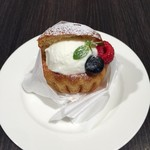 バール イルプリマリオ - ブリオッシュ・ジェラート(Brioche con gelato)