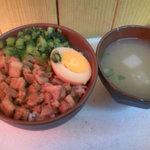 秋葉鶏排 - 魯肉飯セット